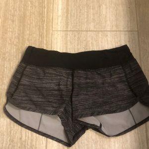 Black and white lulu shorts!